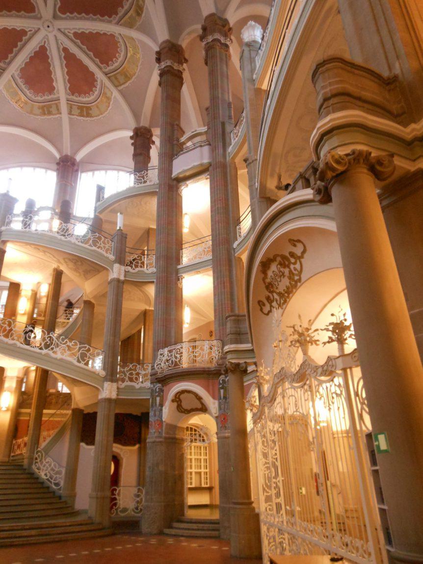 Interieur van een Berlijns archief. Geen straf om daar te mogen zoeken naar familiesporen.