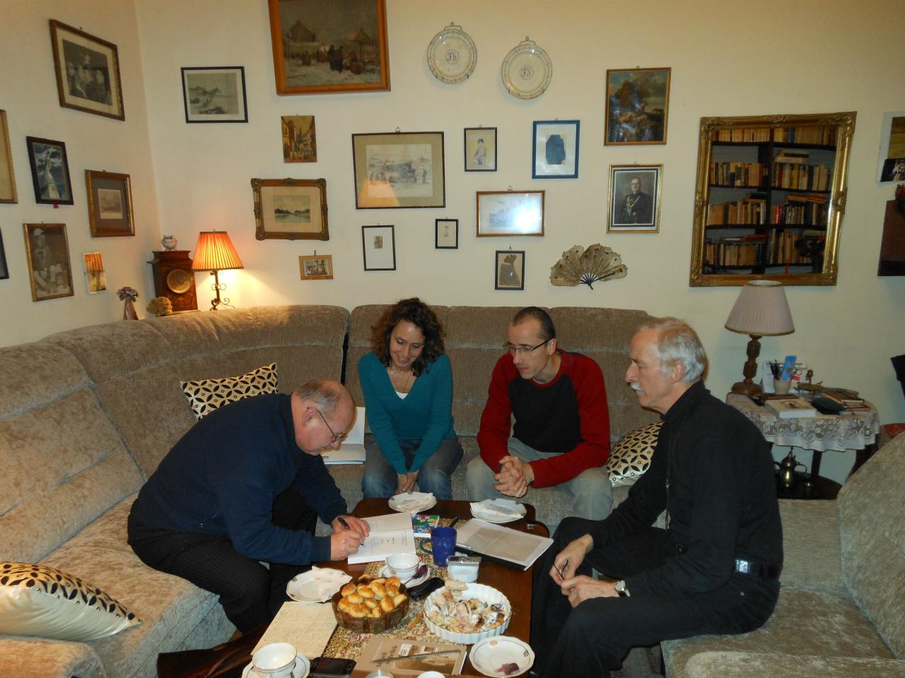Met Janos Gudenus, Bence en zijn vader István Miklauzic ('Miki') in gesprek over stambomen