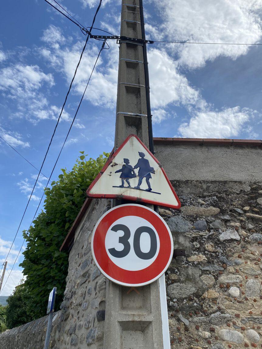Verkeersbord dorp